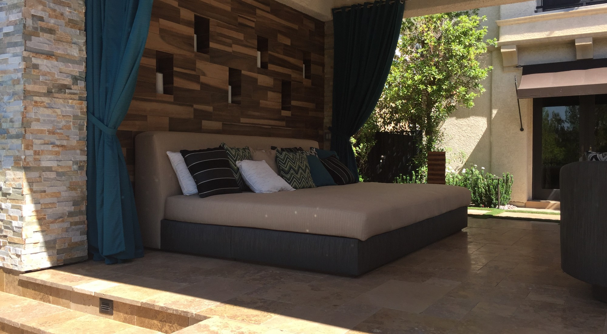 custom outdoor furniture design las vegas
