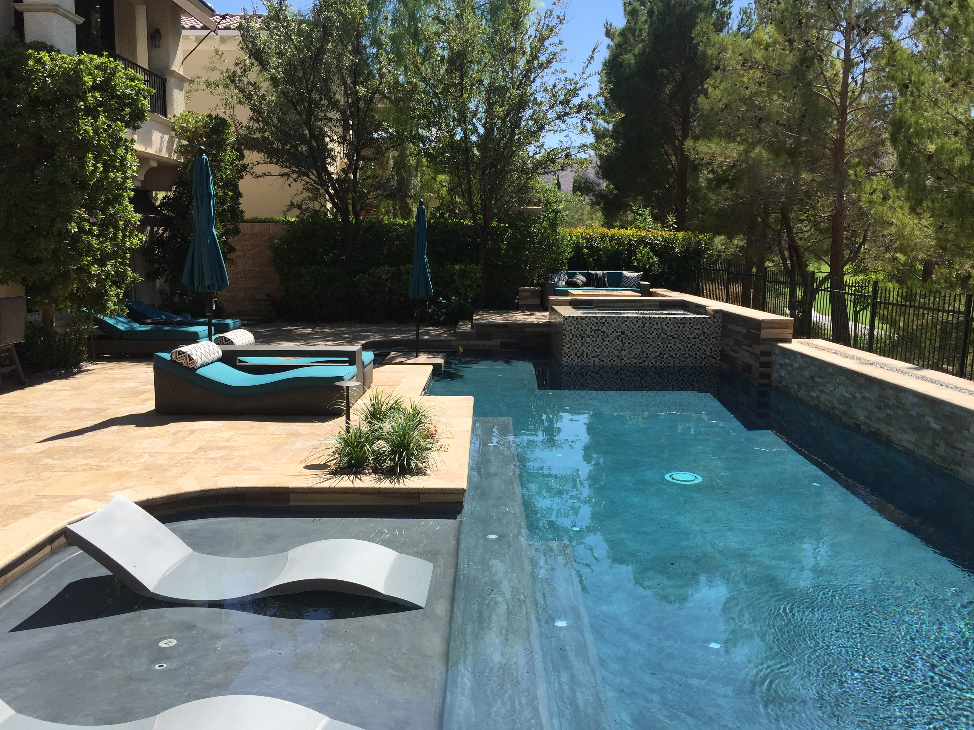 Backyard resort las vegas pool design pool contractor for Pool design inc