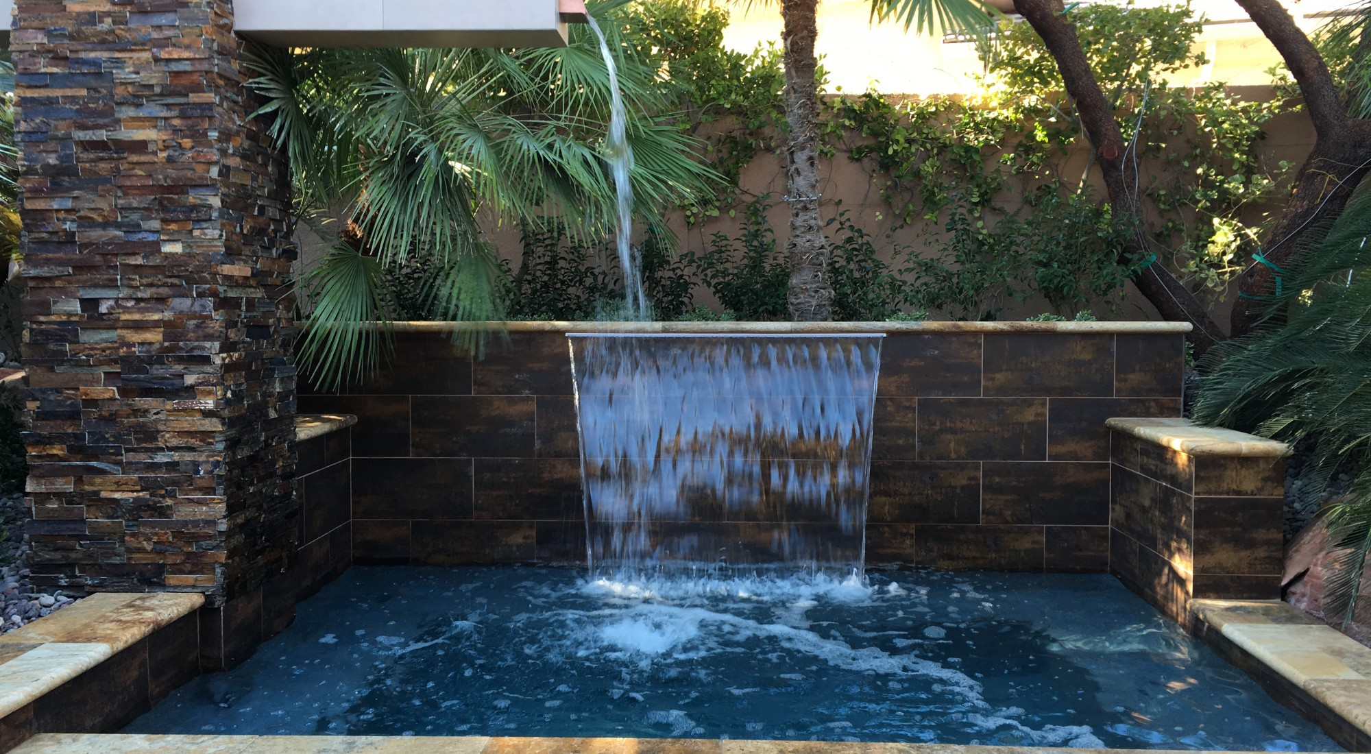 custom water feature design las vegas