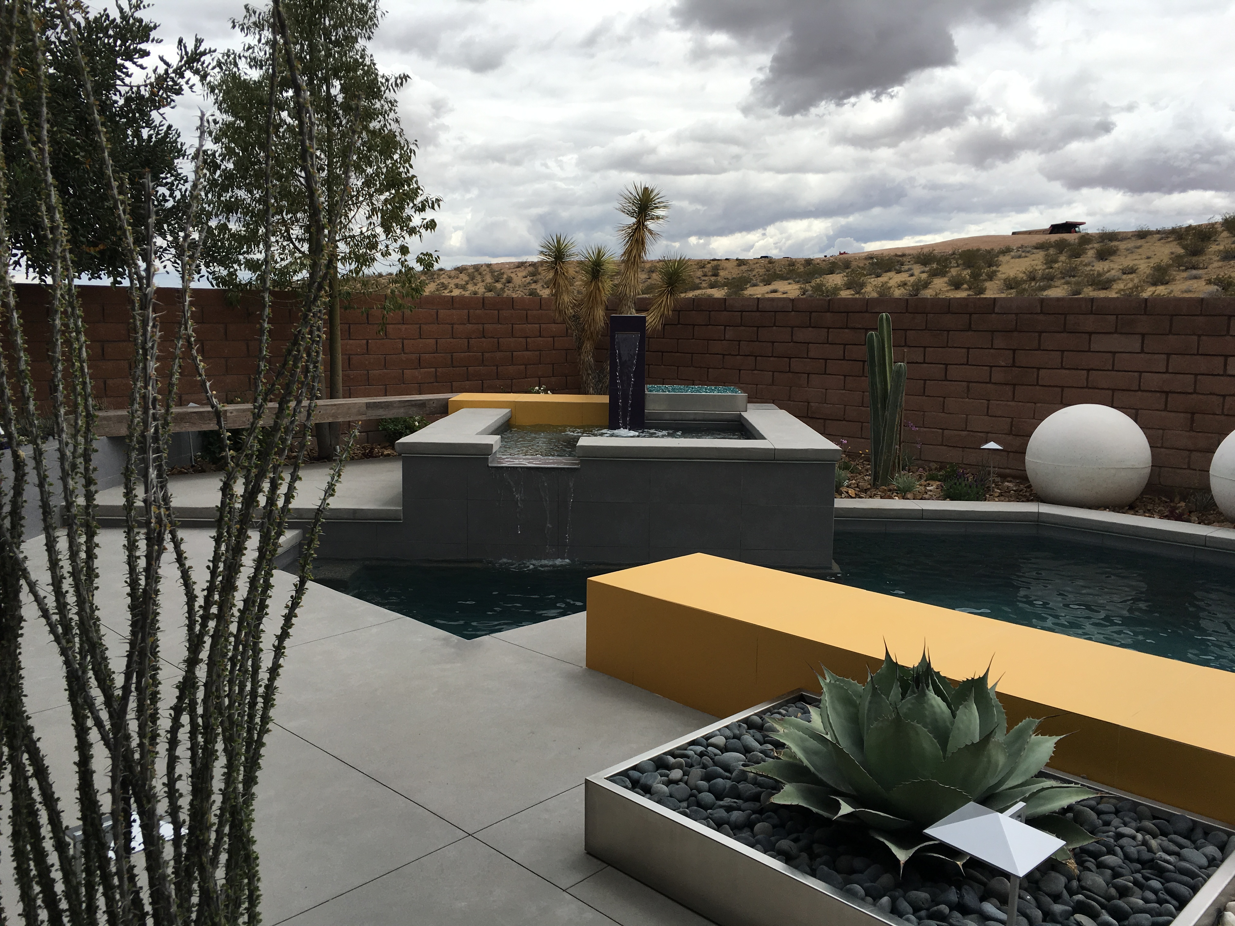 Right Angle - Las Vegas pool design, pool contractor, pool builder ...